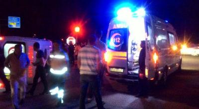 Gece yarısı ambulansta can pazarı: 4 yaralı
