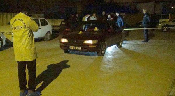 Dur ihtarına uymayan sürücü polisi aracıyla sürükledi!