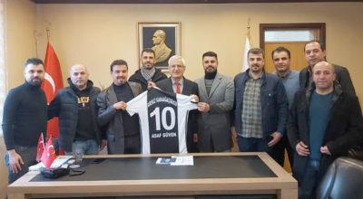Futbolda Karaağaç'ın gücü Arsuz'un gücü!