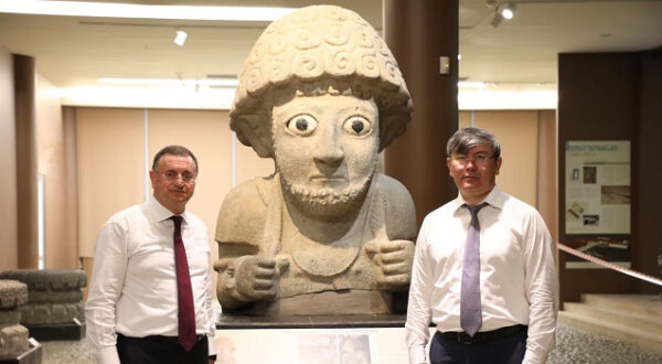 Kazakistan Büyükelçisi Hatay'ı gezdi
