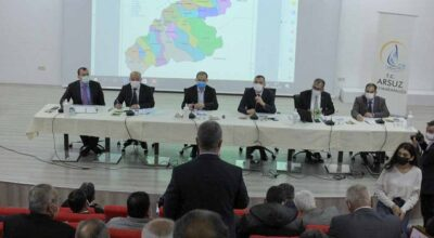 Arsuz'da muhtarlarla 'Özel' toplantı
