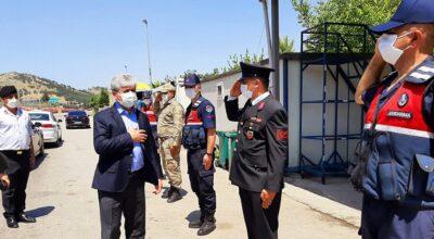 Vali Doğan, kolluk kuvvetleri ile bayramlaştı